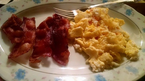 Low Carb - Bacon and Eggs for Dinner