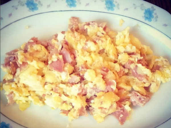 Low Carb Breakfast: Ham, Eggs, Cheese