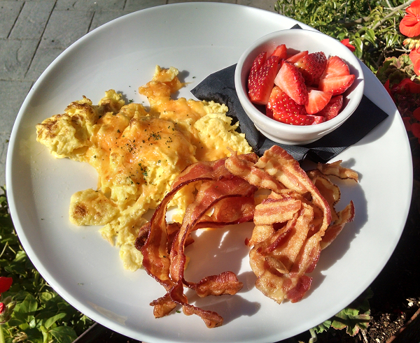 Low Carb Breakfast at Edgewater Grill in San Diego