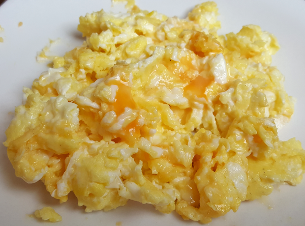 Easy Low Carb Meal : Cheesy Eggs