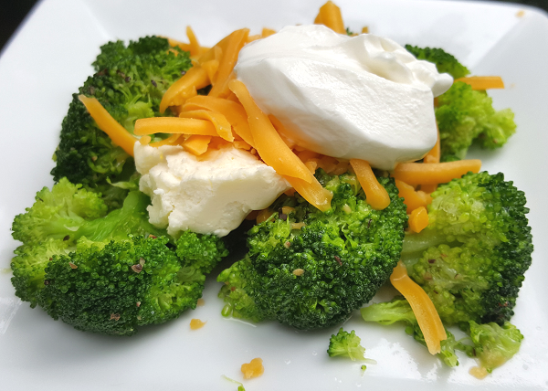 Healthy Low Carb Sides : Loaded Broccoli