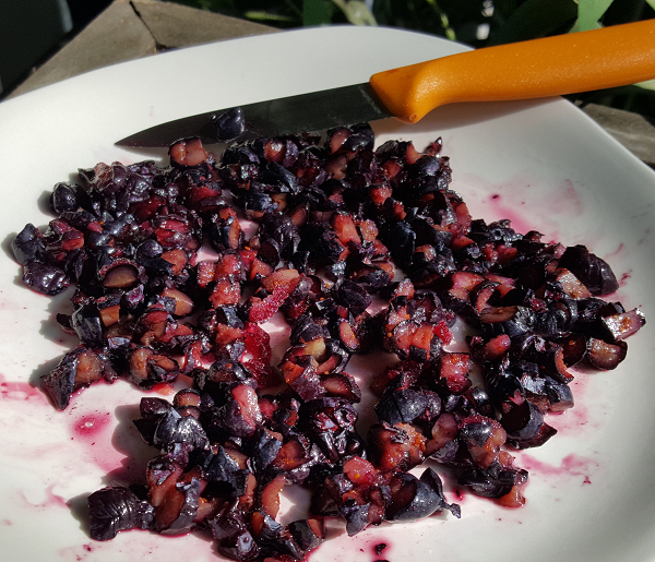 Dicing Blueberries for a Low Carb Recipe