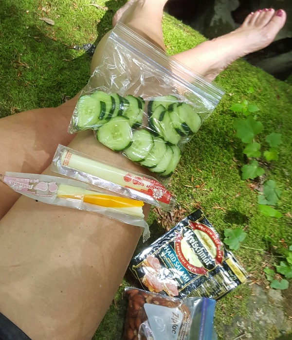 Low Carb Picnic While Hiking