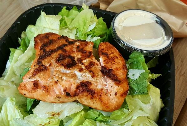 Applebee's Low Carb Dinner : Salmon Caesar Salad, No Croutons