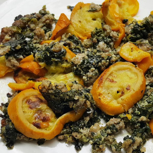 Easy Low Carb Meal: Sausage, Spinach & Cream Cheese topped with Yellow Squash