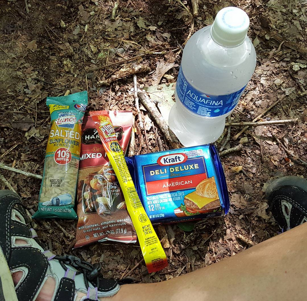 Low Carb Snacks While Hiking