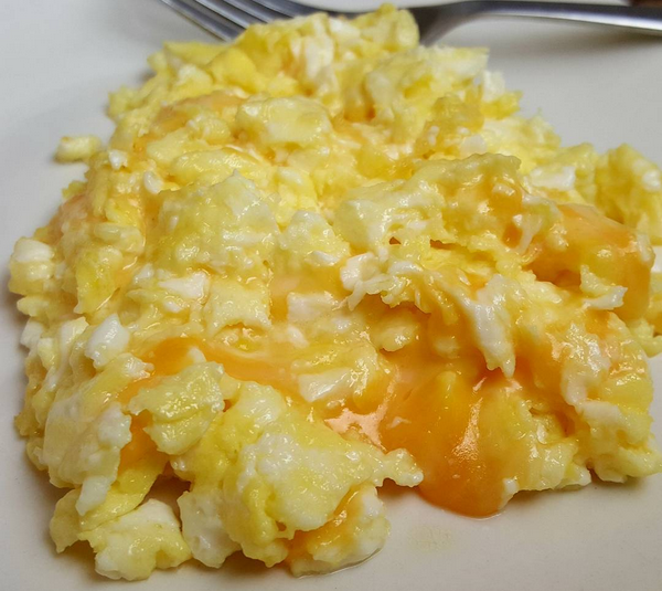 Low Carb Meal: Cheesy Eggs Scrambled in Real Butter