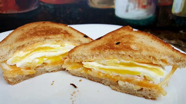 Low Carb Sandwich - Grilled Cheese w/Fried Eggs