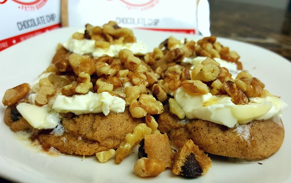 Delicious LCHF Dessert with Keto Kookies, Cream Cheese, Butter & Walnuts!