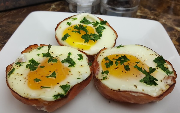 Low Carb Ham & Egg Cups