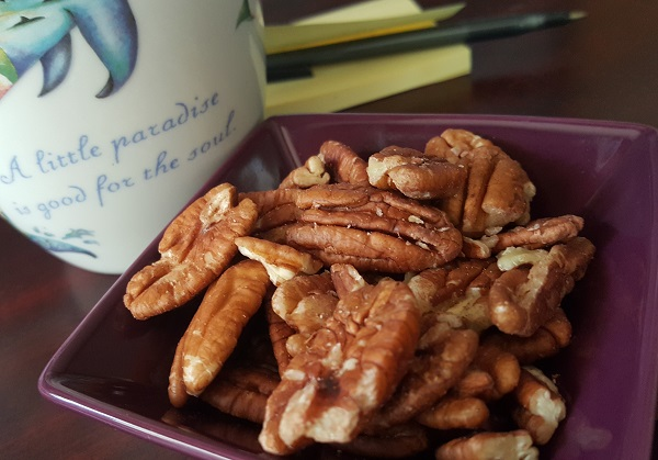 Pecans: A Great LCHF Snack - Very Low Carb, High Fat