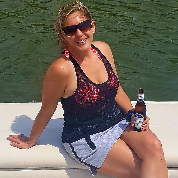 Michelob Ultra - Low Carb Beer for a Hot Day on the Lake!