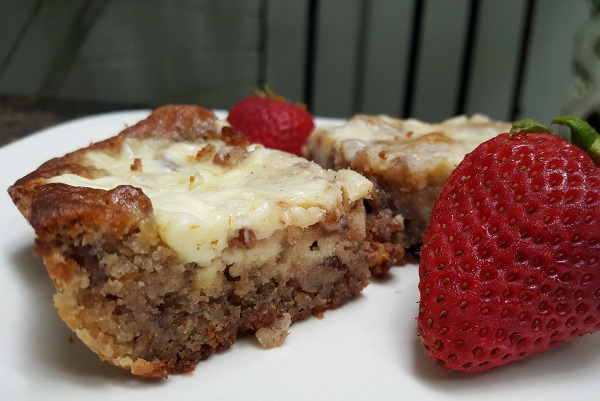 Low Carb Cream Cheese Blondies for Breakfast (or LCHF Breakfast Cake)