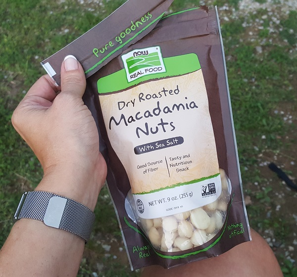 NOW Foods Dry Roasted Macadamia Nuts - a Perfect LCHF Food!