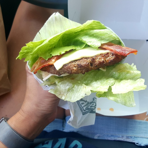 Hardee's Low Carb Burger in Lettuce Wrap