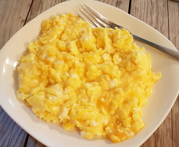 Low Carb Cheesy Eggs Breakfast