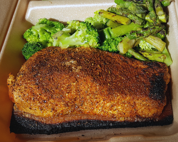 Low Carb Meal To Go - Blackened Salmon with Broccoli and Asparagus