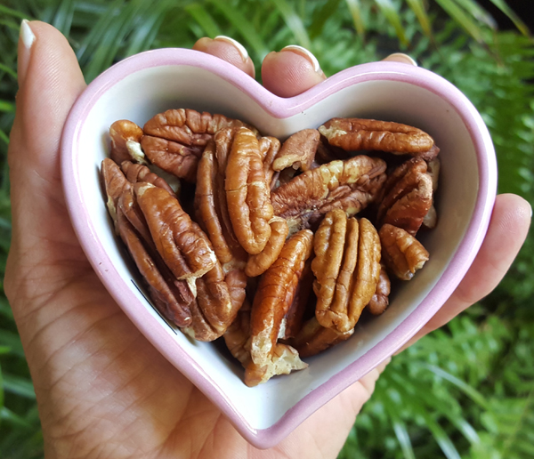 Pecans - Perfect Healthy LCHF Snack, Low Carb and Gluten Free
