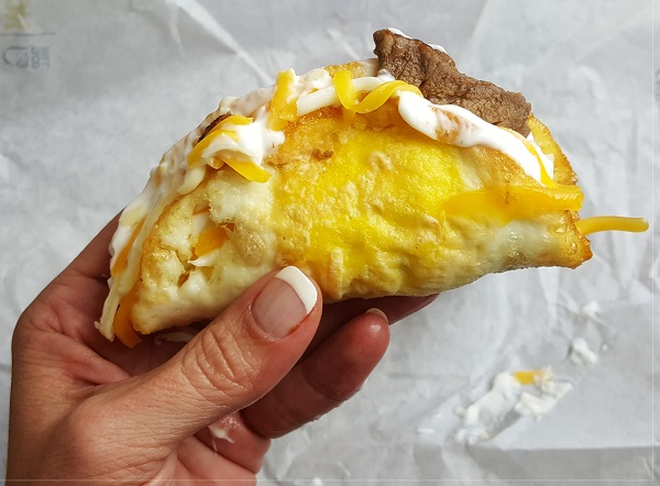 Update! TRICKY Taco Bell Naked Egg Breakfast Taco (Beware The Hidden