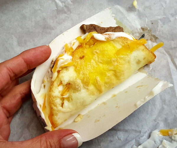 Low Carb Fast Food: Taco Bell Naked Egg Breakfast Taco