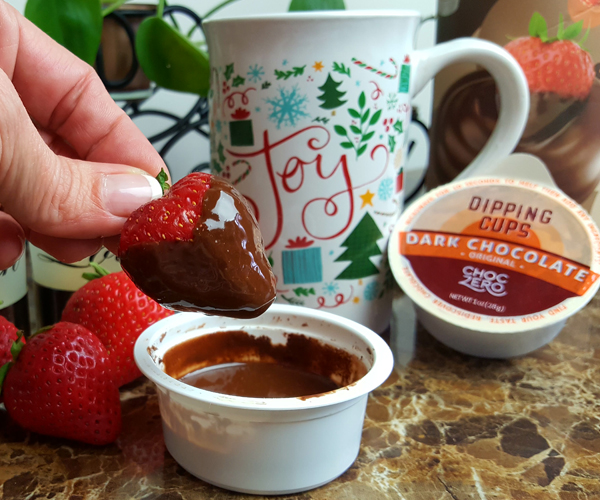 Low Carb Chocolate Dipped Strawberries