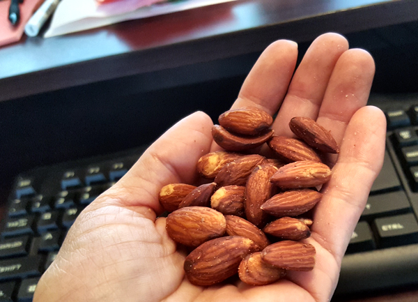 Almonds - Simple Low Carb Snack
