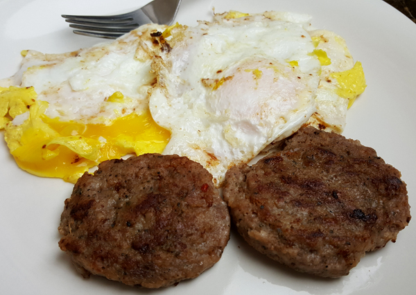 Very Low Carb Breakfast - Sausage and Fried Eggs