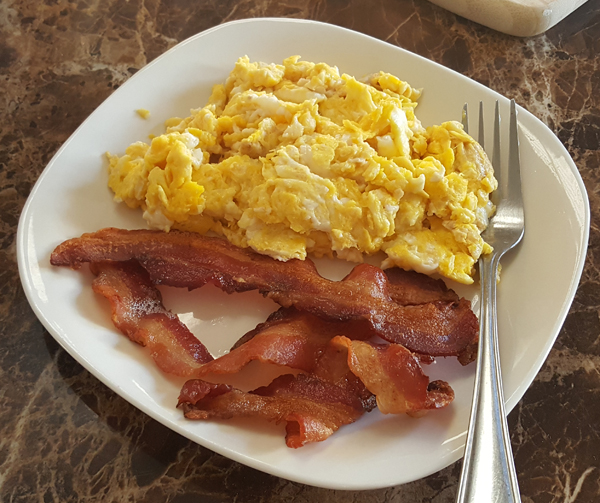 Bacon and Eggs, Easy LCHF Breakfast