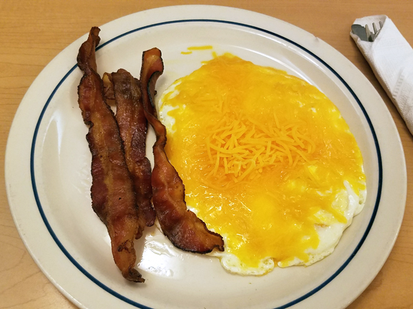 Simple Keto Meal at IHOP - Low Carb On The Road
