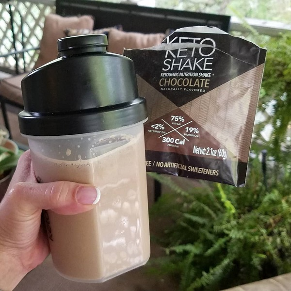 Keto Meal Replacement Shakes for Breakfast