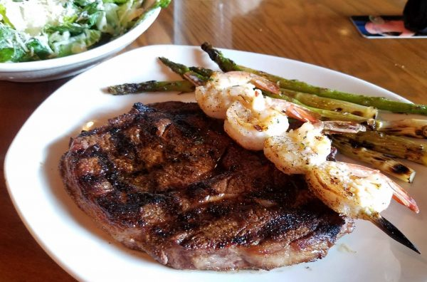 Keto Meal at Outback Steakhouse - Low Carb Restaurants