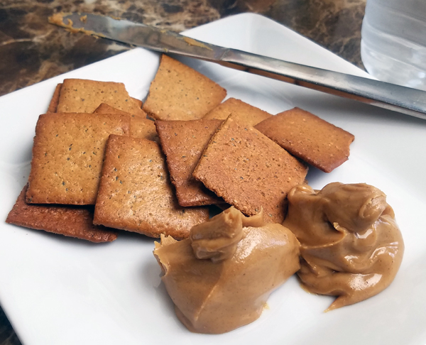 Keto Peanut Butter & Crackers